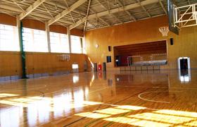 日吉体育館