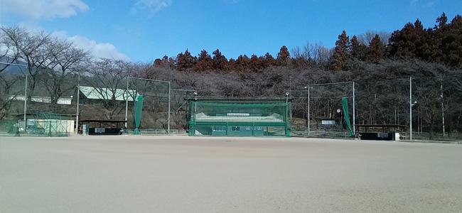 千本桜野球場メイン風景